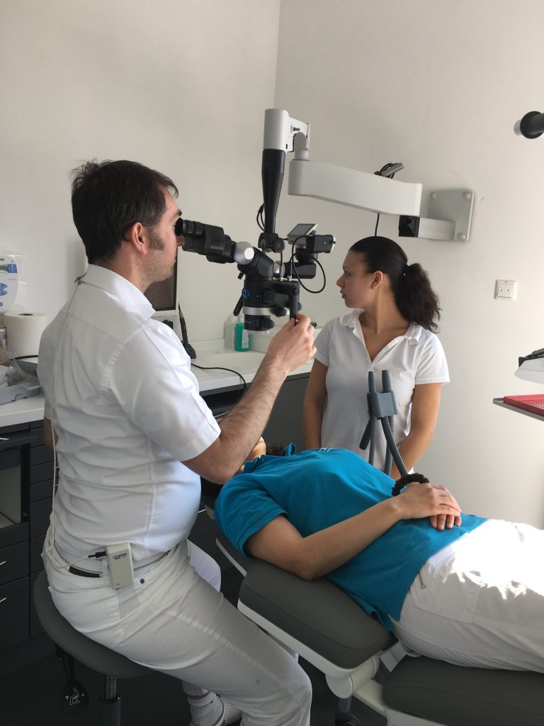 Flexion Dentalmikroskop Wandhalterung